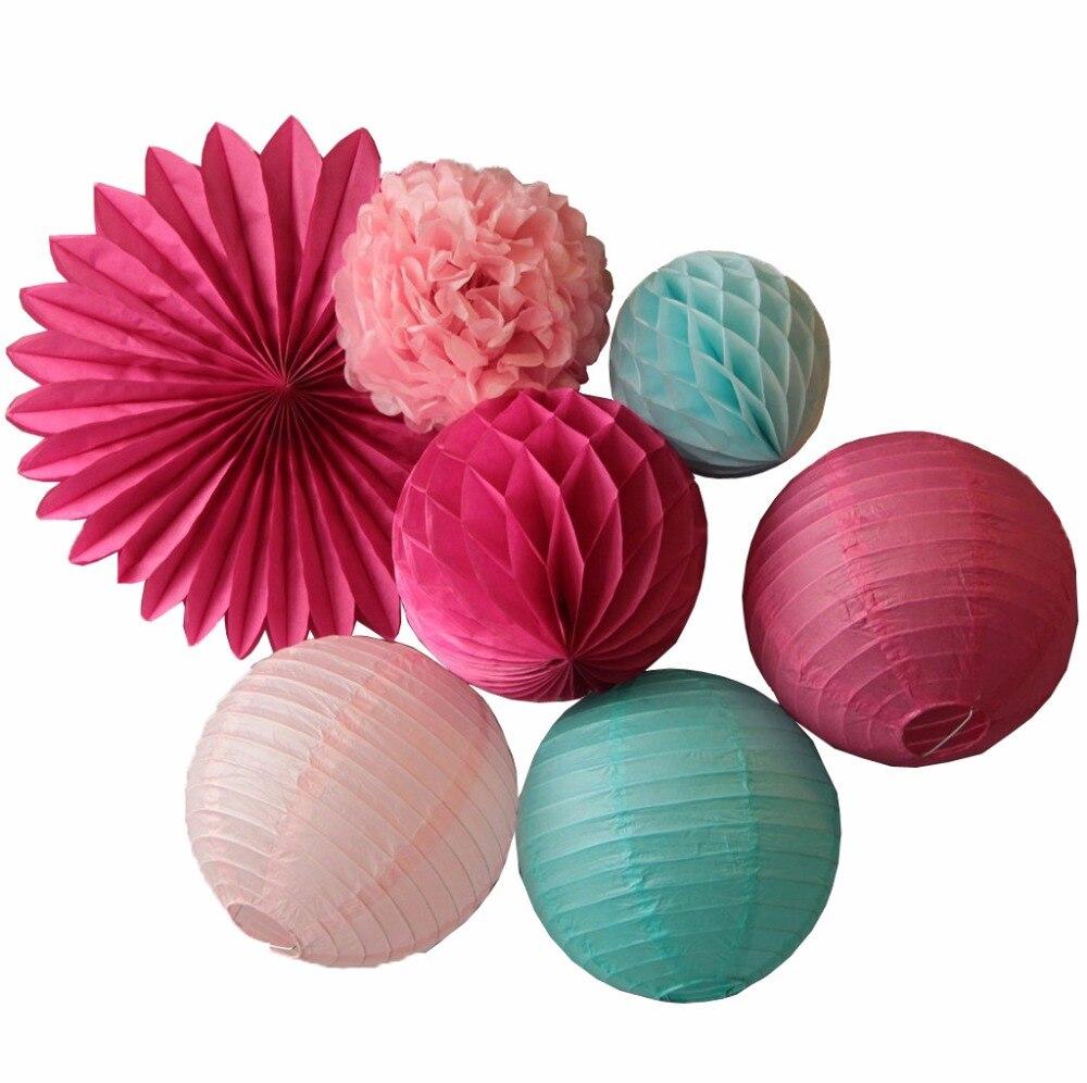 розовые бумажные веера