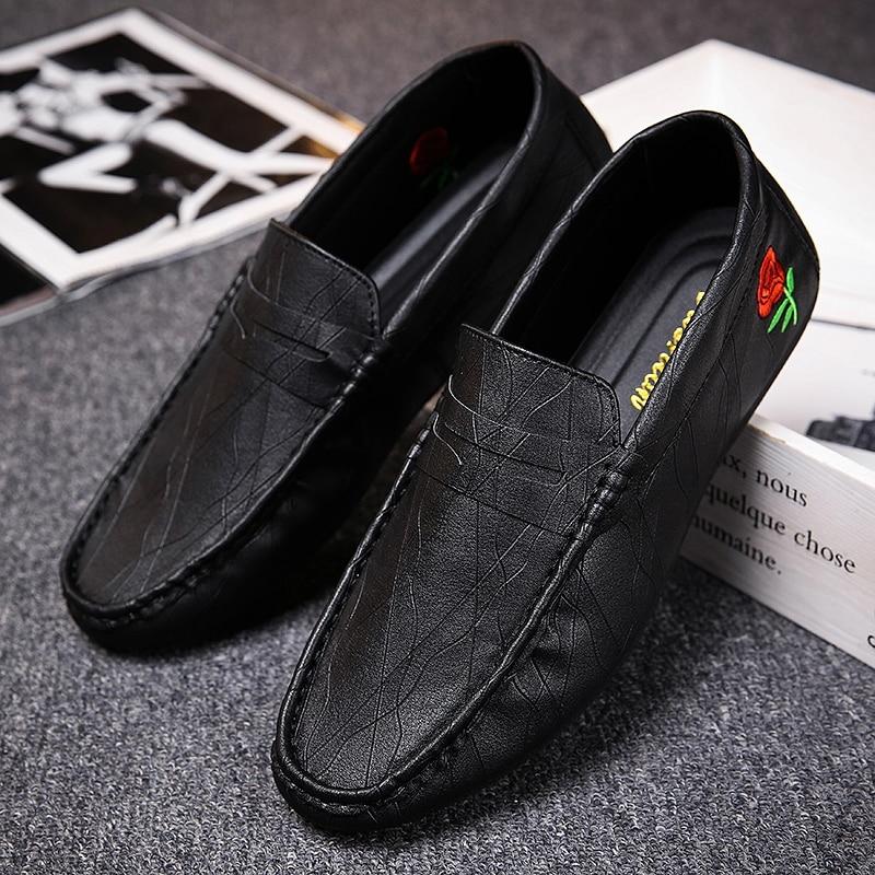2018 Herren Designer-schuhe Männer Loafer Schuhe Hohe Qualität Leder Stick Freizeitschuhe Für Männer Atmungs Slip-on Bequeme Pu Weiche