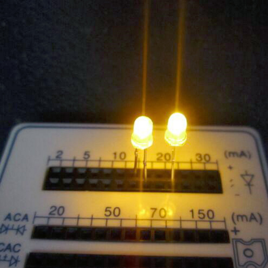 1000PCS F3 3MM  YELLOW  light ,WHITE  BRIGHT YELLOW LED ,CLEAR LED BODY, lamp light tube SHORT  legs