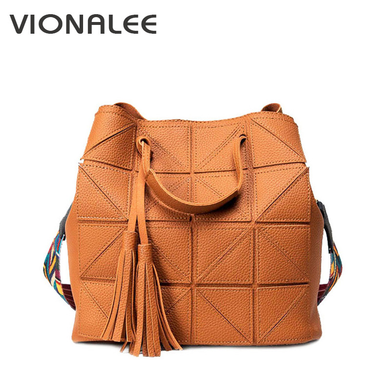 Composited New Women Shoulder Bags Plaid Women Bags Handbags Female Women Crossbody bags Tassel Black Bucket Bag 2017 New