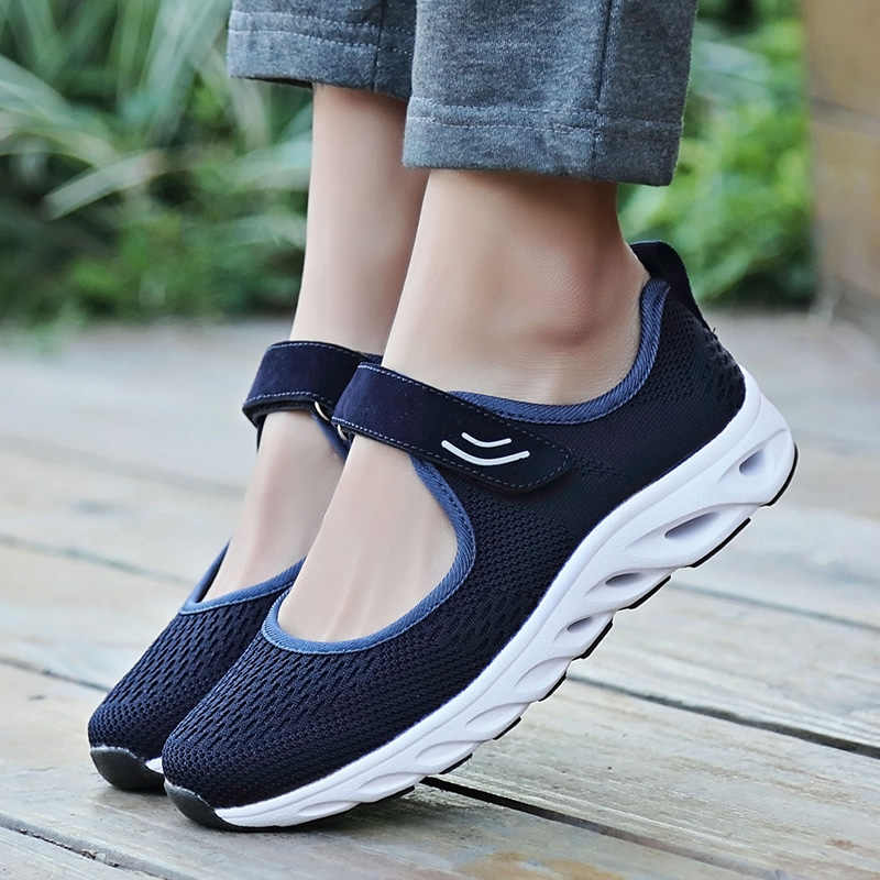 2018 Summer Mesh Breathable Height Increased Women Toning Shoes Solid Color Anti-slip Swing Flats Woven Running Sports Sneakers