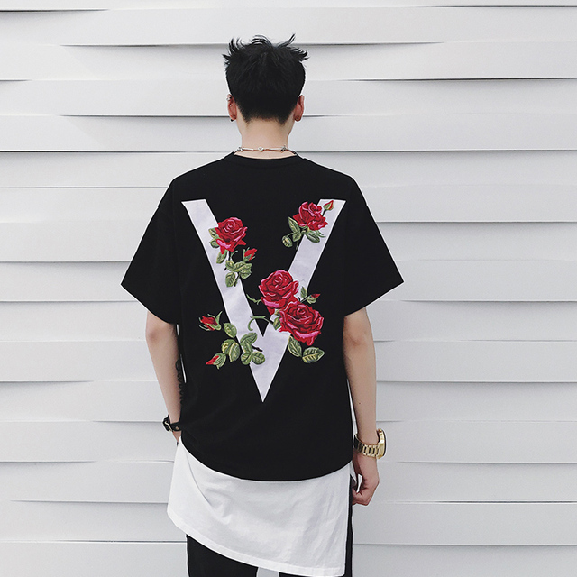 61f779f4 2017 Hip Hop Men Rock Rap Short sleeve Men and Women T-shirt Spring Summer  Embroidery Arrows Rose Printing Black White T Shirt