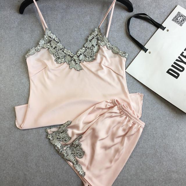 Women Pajamas Sets Sexy Sleepwear Lace Silk  Free Shipping 2017 New Arrival Short Pants V-Neck Summer Satin Pajamas Sets