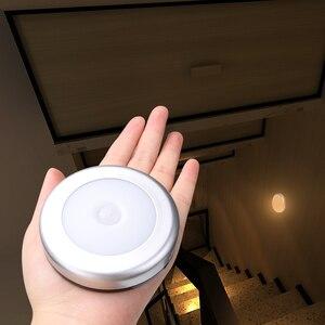 Image 1 - Настенный светильник с пассивным инфракрасным датчиком движения, 6 светодиодов, питание от батарейки, Индукционная лампа для чулана, коридора, Кабинета светодиодный сенсорный светодиодный светильник