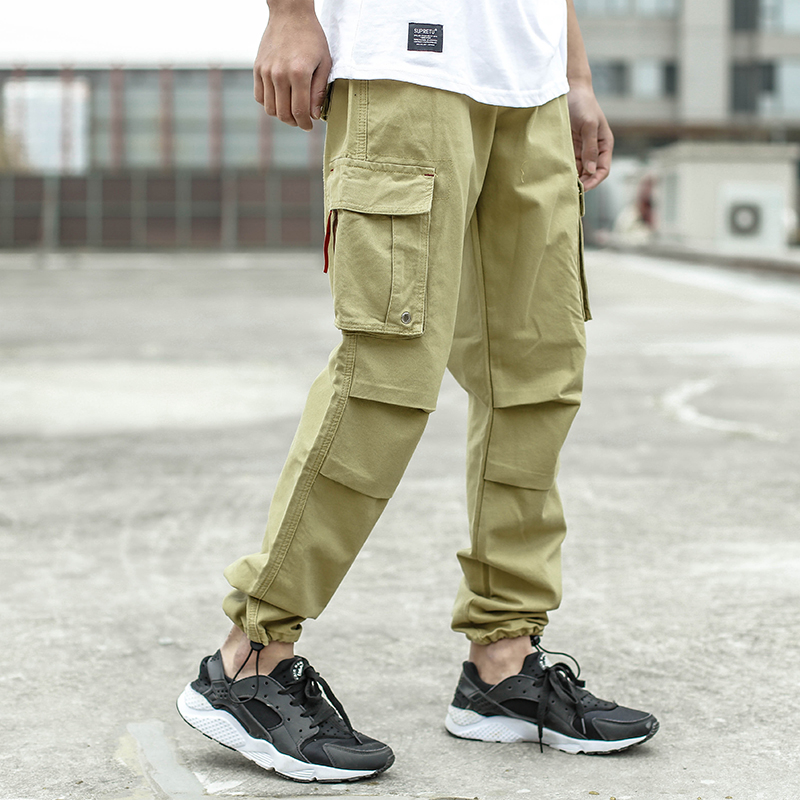 2018 Fashion Men Jeans Casual Pants Khaki Color Loose Fit Cotton Jogger Pants Brand Designer Big Pocket Jeans Men Cargo Pants