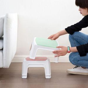 Image 4 - 3 色 4 脚キッズ厚みプラスチック小さなスツールリビングルーム大人変更靴ベンチ浴室の子低ベンチ赤ちゃん学習スツール