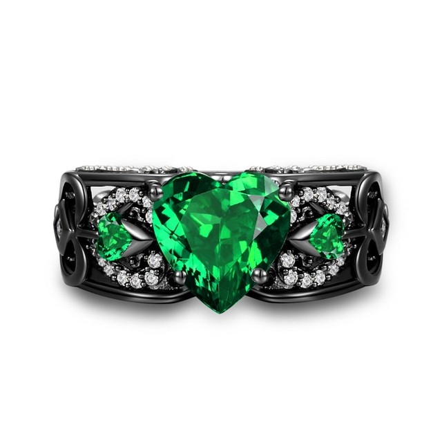 international with hearts product diamonds llc ring two shaped a emeralds and heart emerald