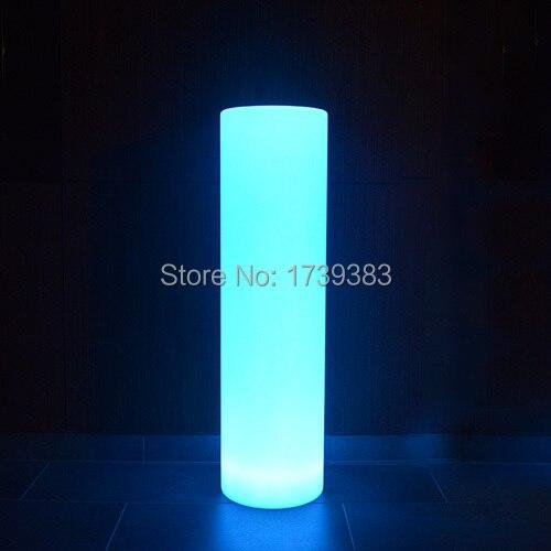 Simple et sans fioritures LED tour pilier moyen cylindre lampadaire extérieur rond colonne lumières pour marquer un chemin/une plage privée