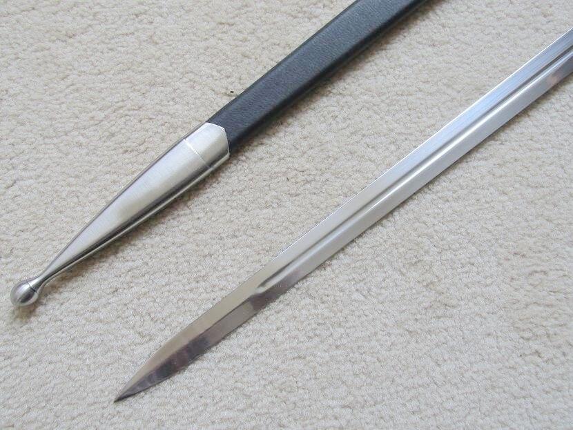 GANDALF's GLAMDRING  SWORD W/ BLACK SCABBARD 26″