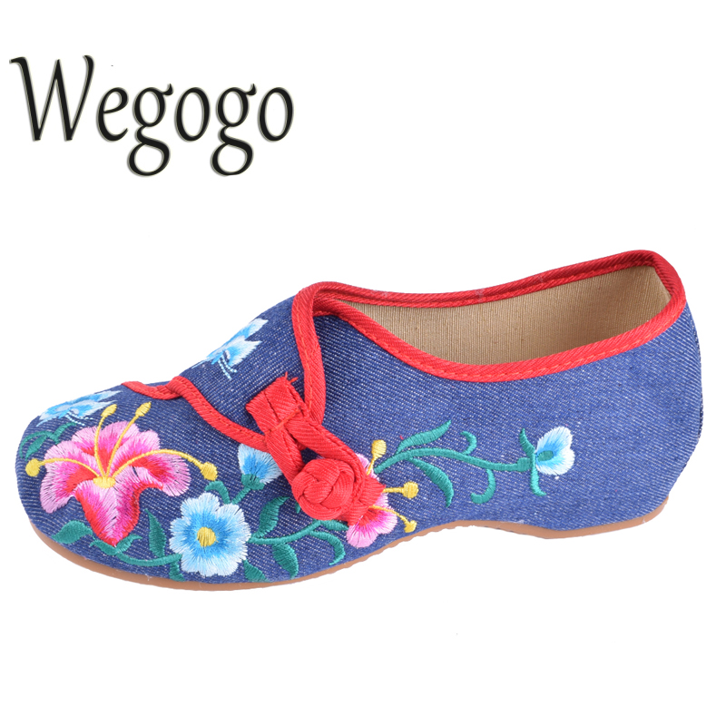 Wegogo Chinese Women Shoes Flats Embroidery National Flower Embroidered Shoes Cloth Soft Dance Casual Walking Shoes Size 34-41 new women chinese traditional flower embroidered flats shoes casual comfortable soft canvas office career flats shoes g006