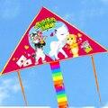 O envio gratuito de alta qualidade crianças brinquedos ao ar livre voando pipas de nylon ripstop pipa com linha punho atacado fábrica chinesa