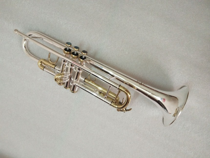 High quality Bach Trumpet Silver plated LT180S-72 Trumpet Musical instruments professional Trumpet Free shipping trumpet new bach silver plated body gold key lt190s 85 b flat professional trumpet bell top musical instruments brass
