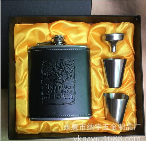 Stainless steel portable outdoor portable small flagon flagon 7 oz JACK DANIELS Hip flask Set