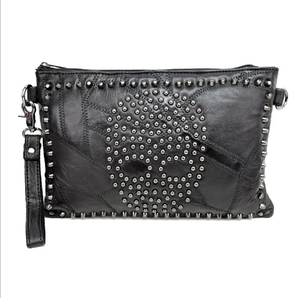 Tide female sheepskin stitching female bag shoulder diagonal cross leather bag nail skull punk leather lady holding envelope bag
