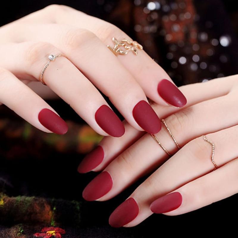 24 sztuk owalne sztuczne paznokcie matowy zaokrąglone sztuczne z tworzywa sztucznego palec paznokcie fałszywe czerwony krótki sztuczne paznokcie wskazówek jasne Nagels