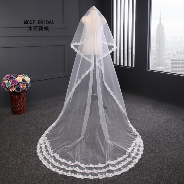 Lace Bridal Veils 2017 Classic Vintage Applique Cathedral Length Accessory One Layer No Comb White Ivory Wedding Veil