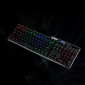 Image 3 - RGB Wired Game Green Shaft Mechanical Keyboard With Backlight Alloy usb 110 keys Green Axis Gaming Keyboards for Tablet pc Q70