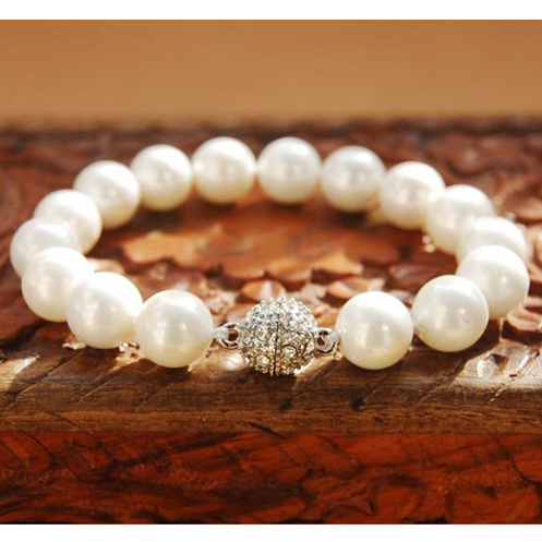 Shell Pearl Bracelet 10mm White South Sea Shell Pearl Magnet Jewelled Ball Clasp 7.5 inches Bracelet