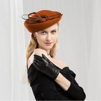 91b481e3130 Винтаж Шерсть шляпа с бантом Pillbox Свадебные вуалетки для женщин  Элегантный черный церкви Платье Королевские шляпы Chapeu Feminino