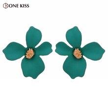 2019 New Korean Big Flower Earrings for Women Fashion Green Elegant Sweet Floral Statement Stud Earring Boho Brinco Accessories