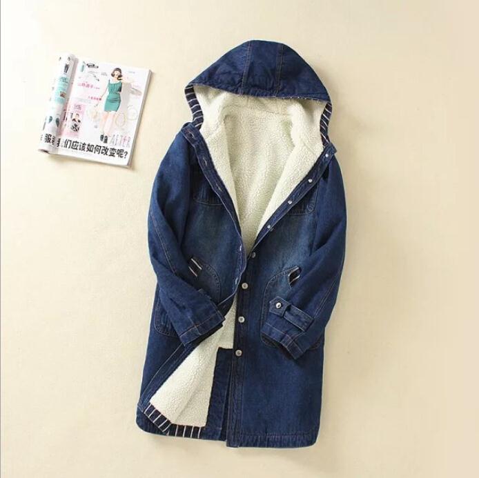 ФОТО 2017 women New Winter Plus Velvet Thick Lamb's Wool Cotton Denim Jacket Korean Long Section hooded cowboy Padded coat F3789