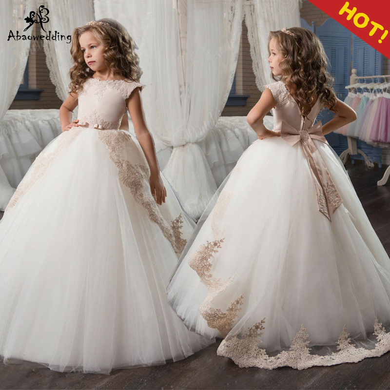 Champagne Flower Girl Dresses with Sash Lace Appliques Custom Made Ball Gown First Communion Dresses for Girls Elegant Hot SaleChampagne Flower Girl Dresses with Sash Lace Appliques Custom Made Ball Gown First Communion Dresses for Girls Elegant Hot Sale