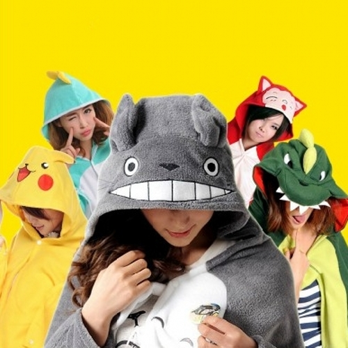Free Shipping  Cape Mantissas Lounged Air Conditioning Blanket Coral Fleece Cartoon Totoro Towel Cloak Blanket