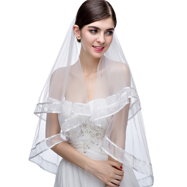 Hot Sale 2017 New Single Wedding Accessories White Ribbon Edge 2 Layer Short Veil Wedding Wedding Veil with Comb
