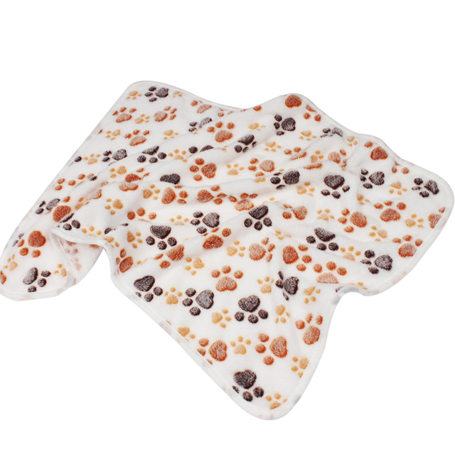 Pet Soft Pet Blanket Winter Dog Cat Bed Mat Foot Print Warm Sleeping Mattress Small Medium Dogs Cats Coral Fleece Pet Supplies 3