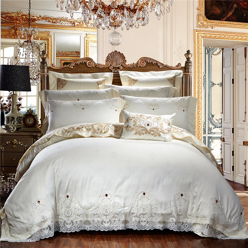 Creamy White Egyptian Cotton Lace Luxury Wedding Bedding Set Queen King size Beige Bed set Duvet