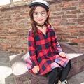Meninas vestido de primavera 2017 das crianças novo 4-5-6-7-8 anos de idade xadrez Longo manga da camisa Ocasional das crianças Vestidos com Caixilhos