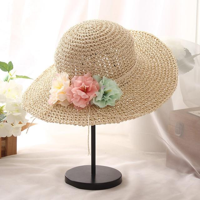 Verano de las mujeres de flores a mano crochet sombrero de paja fresca  pequeña grande a b580b01ccc3