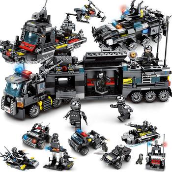 8 sztuk lot LegoINGs SWAT City Police Truck bloki budowlane zestawy statek helikopter pojazd Creator cegły PLAYMOBIL zabawki dla dzieci tanie i dobre opinie Blocks KA10215 Self-Locking Bricks Unisex Chocking Hazard Not suitable for kids blow 3 years Plastikowe KAZI 6 years old