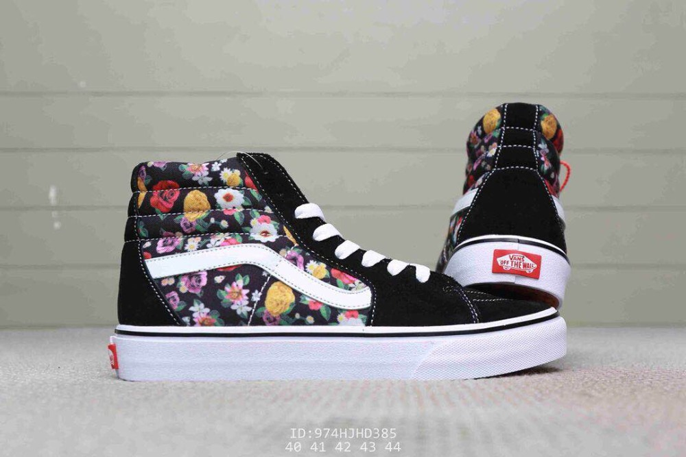 New arrival Original VANS men and women classic Rose flower print OLD SKOOL  peanuts skate canvas sneakers size36 44-in Weightlifting Shoes from Sports  ... 2478dd695