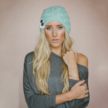 European and American Style New Knit Hat Leaf Pattern Lace Button Decoration Wool Warmth Hat Sweet Women Warm Fur Knit Hats
