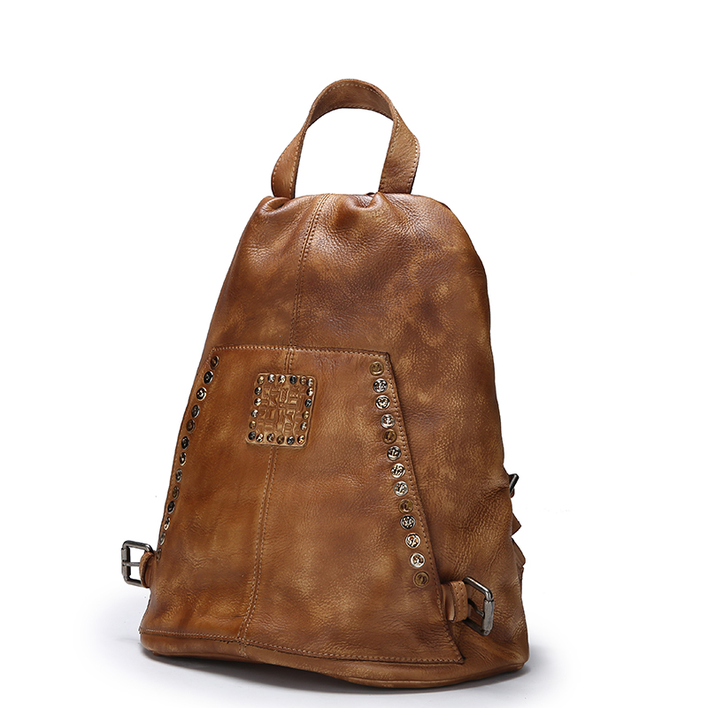 цена Vintage Rivets/Studs Designer Genuine Leather Girls Female Casual Backpack With Hidden Closure Cowskin Women's Soft Back Pack