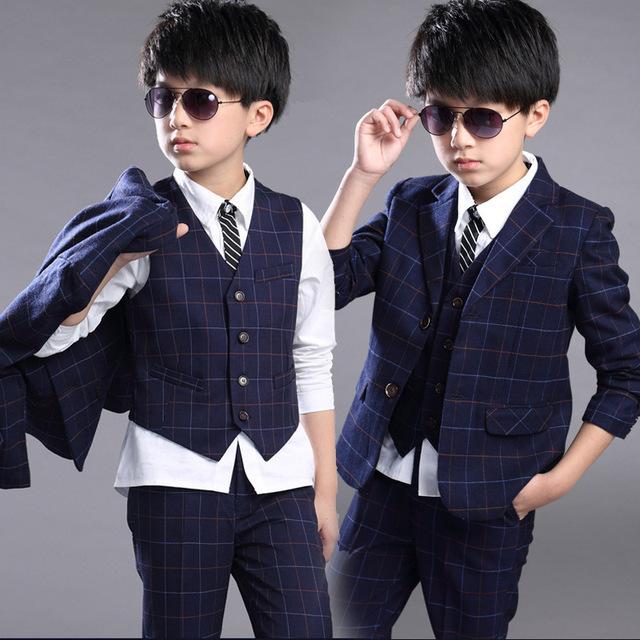 Conjunto de Roupas crianças Menino de Alta Qualidade Conjunto de Roupas de Algodão Uniforme Escolar define Brasão & Vest & Pants 3 Pcs Roupa Dos Miúdos Para Meninos