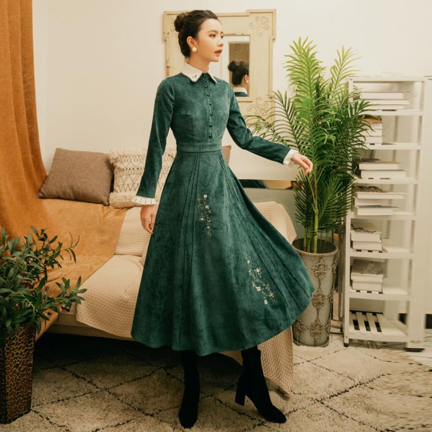2019 mori filles printemps nouveau art rétro palais collège style velours robe broderie fleurs connaissance élégante longue robe wq902
