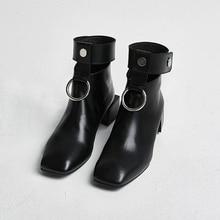 Горячая 2017 ботильоны для женщин Вырезами Ретро Мартин сапоги квадратный Носок Металлические кольца молнии обувь для дамы роскошный дизайн 34–40