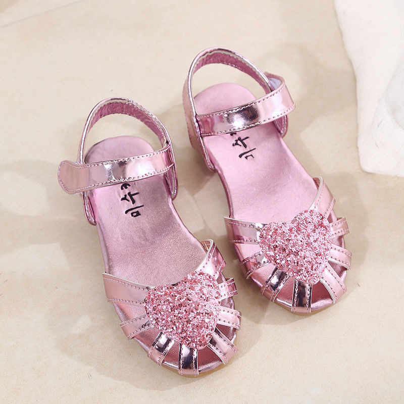 dd886c607562 Princess Kid Girl s Sequins Shoes Fashion 2018 Newborn Baby Girl Bow Dance  Party Performance Flat Sandals