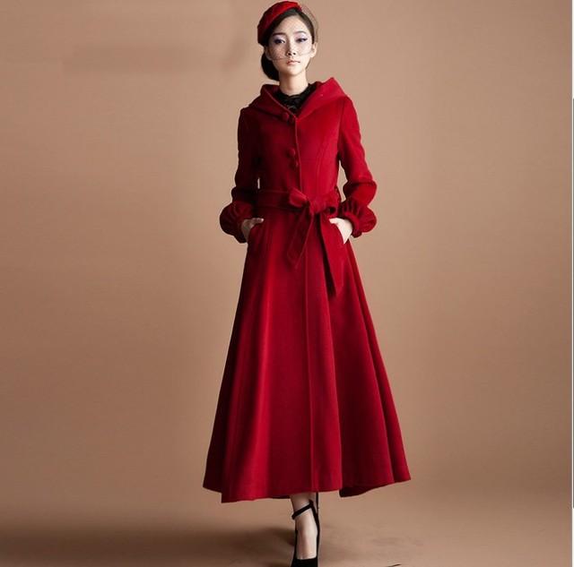 Manteau rouge long femme