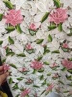 1ヤードヴェネツィアかぎ針編みギピュールアフリカレース生地、ピンクの花でグリーン葉デラックスレース生地で花
