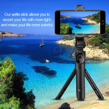 цена Mini Wireless Bluetooth Selfie Stick For iPhone X 7 8 6s Plus Extendable Monopod With Remote For Samsung 3 in 1 Tripod онлайн в 2017 году