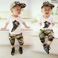 Ropa de los niños de la ropa del bebé manga corta camiseta + los niños ropa Capris sistema del verano del algodón del color del camuflaje