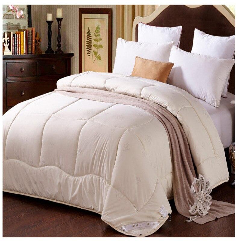 Wool comforter 200*230cm,220*240cm winter quilt thick blanket duvet bedspresds elegant comfortable four size antibacterial