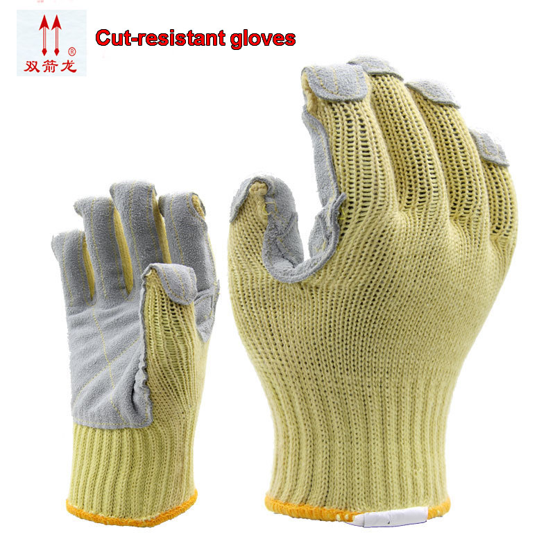 The new anti cut aramid plus leather gloves cut proof gloves prevent slippery wear-resisting protect gloves leather grade 4 cut the new 2017 guantes trabajo yellow anti cut driving gloves second grade a cowhide gants travail hommes