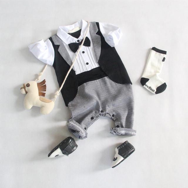2016 Novo romper do bebê menino cavalheiro modelagem gravata borboleta luva cheia bebes formais terno uma peça outono roupas recém-nascidos macacões