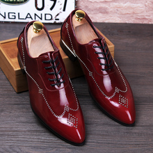 Luxury Brand Men Oxfords Shoes Pointed Toe Genuine Leather Dress Party Shoes Bride Wedding Shoes Rivet Fashion Flats Shoes 2A