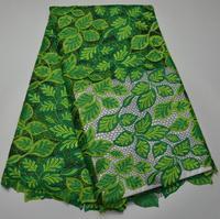 El Nuevo Tejido en línea de alta calidad al por mayor cordón Africano tela de encaje con nuevo diseño para el vestido de encaje guipur soluble en agua