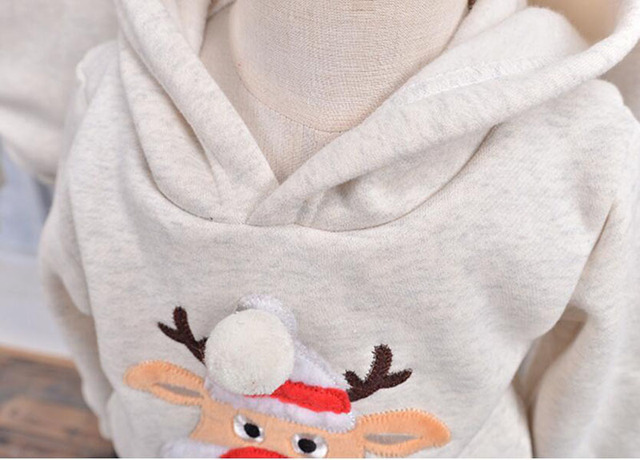 Family Clothing 2018 Winter Sweater Christmas Deer Clothing Polar Fleece Warm Dad Son Hoodies matching mother.jpg 640x640 - Hanorace din Fleece Tematica de Iarna - Ren pt. Familie